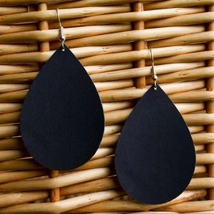 Suede Earrings | Black